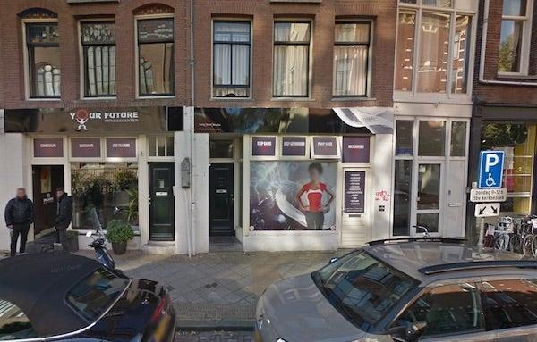 VALET PARKING - Tweede van Helststraat 2