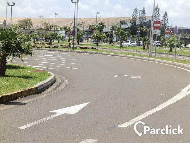 Aéroport Martinique Aimé Césaire - P2 (longue durée)