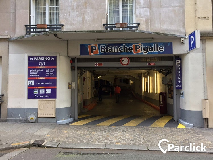 Blanche Pigalle