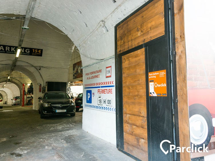 Car park in 374 rue de vaugirard in paris parclick for Porte a porte finsbury park