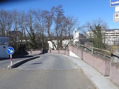 Bahnhofstrasse 82