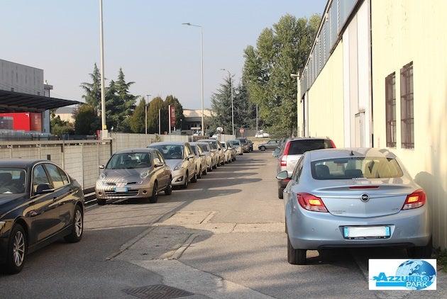 Azzurro Park - Aeroporto di Milano Bergamo Orio al Serio - Scoperto