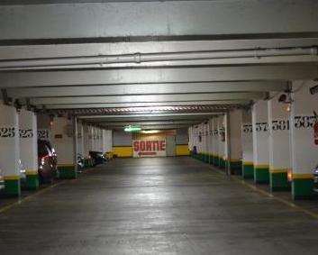 Parking situ 50 avenue du maine dans par s parclick for Garage avenue du maine